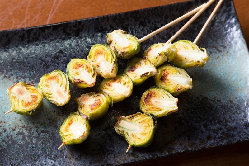 芽キャベツの串焼き